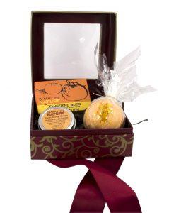 Sweet Orange Candle and Bath Bomb Gift Set